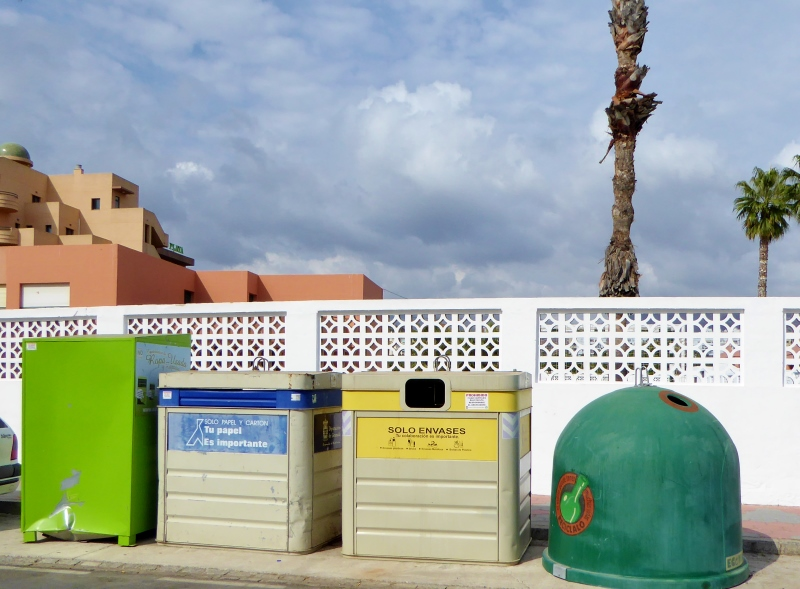 Almunecar Recycle Bins - How to Recycle in Spain small