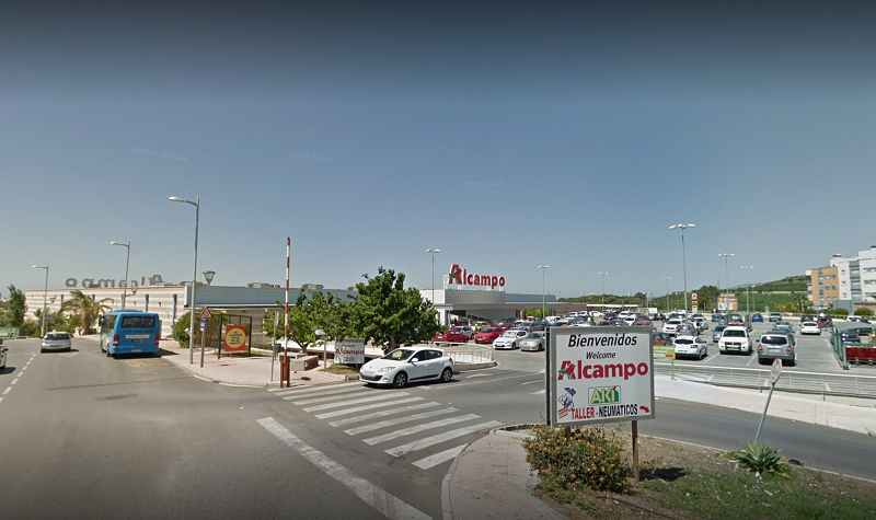 Alcampo Motril Spain - This is a very large supermarket, similar to a Tesco or Wal-mart and located about 20 minutes to the east of Almuñécar, on the N340. It should meet all of your needs and then some, as they do carry more product choices for international food. They also sell appliances, electronics, sporting goods, housing goods, school supplies, clothing, and more.