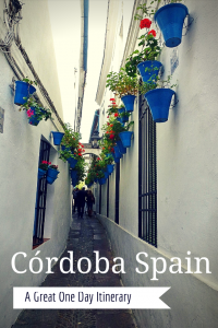 Looking for the perfect day in Córdoba Spain? There are times when you just want to get away from the normal routine. A week-long vacation may be out of the question, but there's no reason why you can't enjoy a quick weekend trip to take in some culture. If you only have 1 day in Córdoba, don't worry as it isjust the sort of place for a great day trip, short weekend or you can also easily enjoy a full week. It is idea for a Cordoba day trip from Seville. Read more on Wagoners Abroad.com