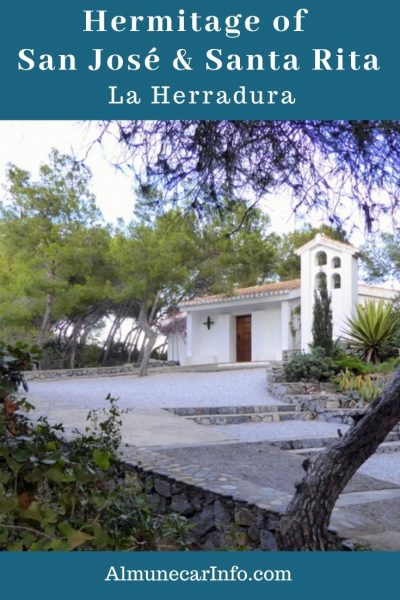 The hermitage of San José and Santa Rita is located in a privileged place at the top of Los Berengueles. It was built by architect Francisco Prieto Moreno in the 1970s. You can find it perched in the pines near the Punta de La Mona lighthouse, tucked between the bays of Almuñécar to the east, and the Herradura to the west. It is a nice area for reflection, meditation, and organized events. Read more on Almunecarinfo.com