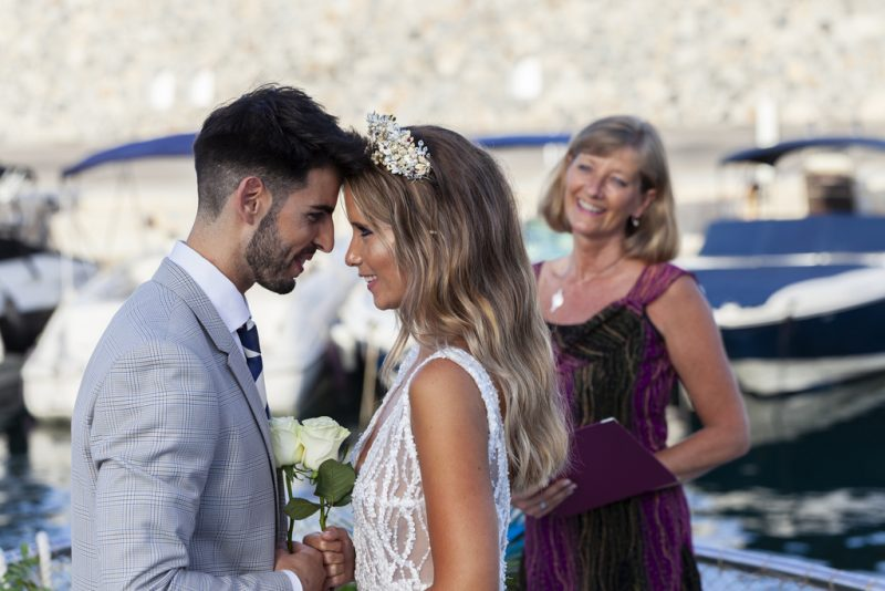 Have your dream destination wedding in Spain! Read more on Almunecarinfo.com
